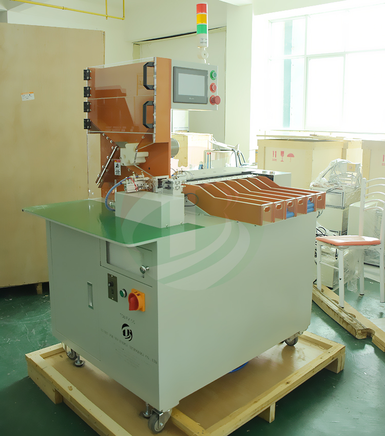 Automatic 18650 Battery Grading Sorting Machine