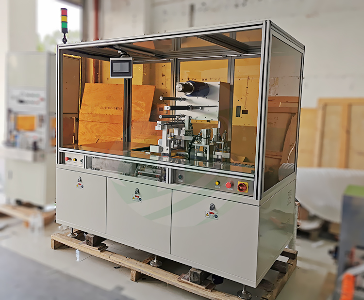 Semi-auto wrapping machine