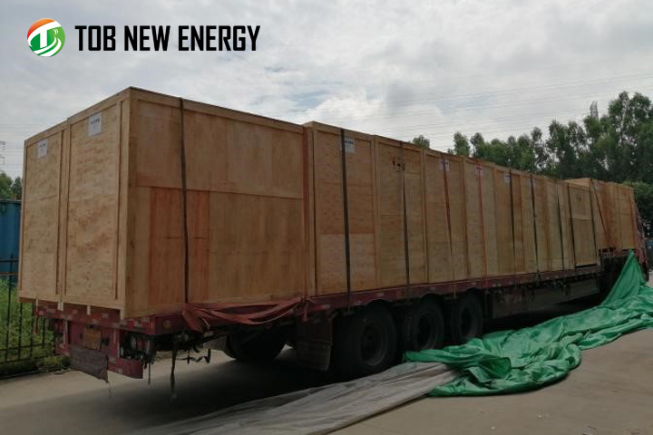 Delivery of vacuum oven